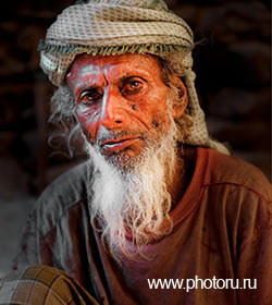 Yemen, Socotra, a portrait of the hermit. Photo by Yuri Afanasiev.
